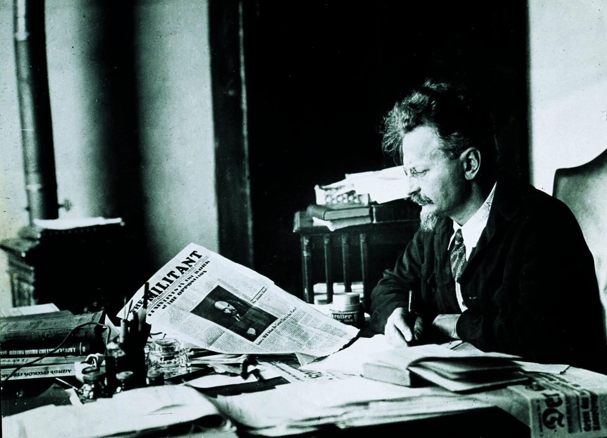 Trotsky study_1200_866